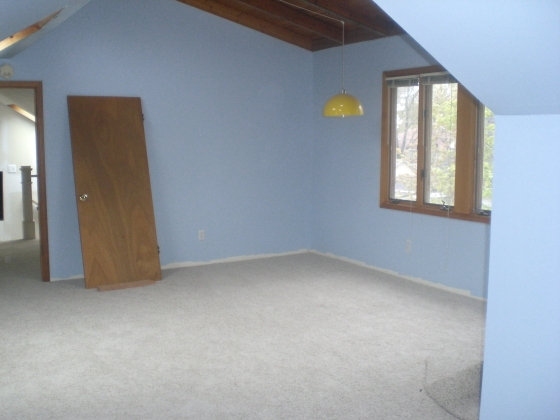 upstairs with carpet 2