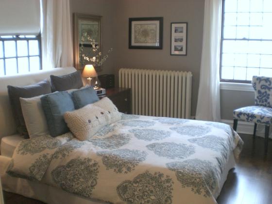 blue and white duvet cover master bedroom